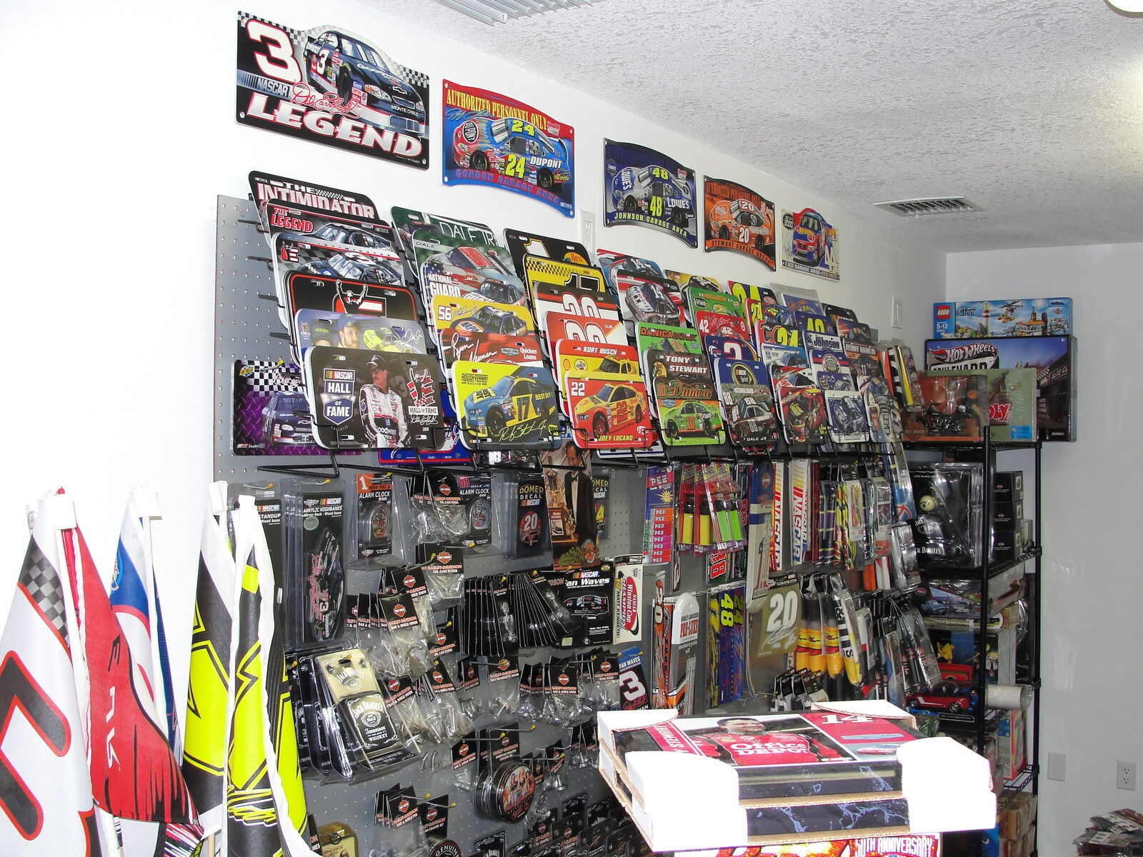 J C'S NASCAR COLLECTIBLES