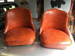 Bar stool seats