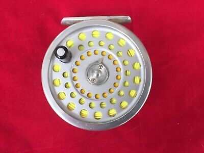 Hardy's Marquis #7 Salmon Trout Fly Fishing Reel 3 1/2 inch Hardy's Reel Pouch.
