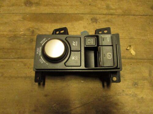 Lexus NX 2014 - on going Handbrake Switch Controller