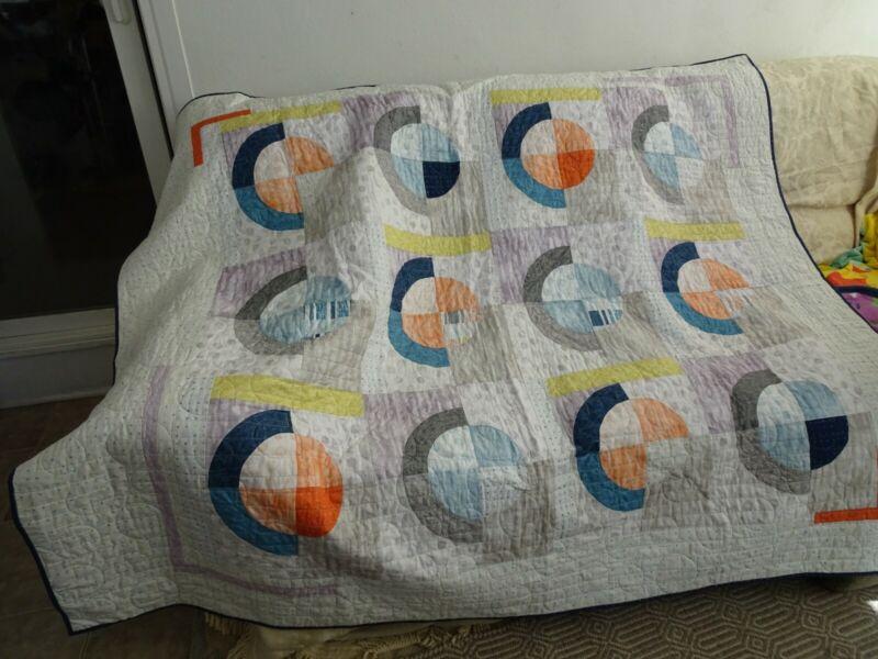 Modern Circles Pattern Quilt, Circle Quilt, quilt tablecloth, quilt throw,