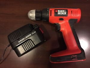 Black & Decker 14.4V Battery Powered Drill w/Battery & Charger