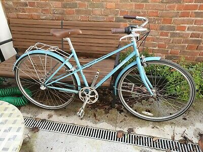 vintage 3-gear woman's bicycle in good condition