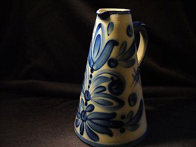 Keramik Krug, Kanne Steinzeug Salzglasur, Monogramm signiert B - K (Balzar-Kopp)