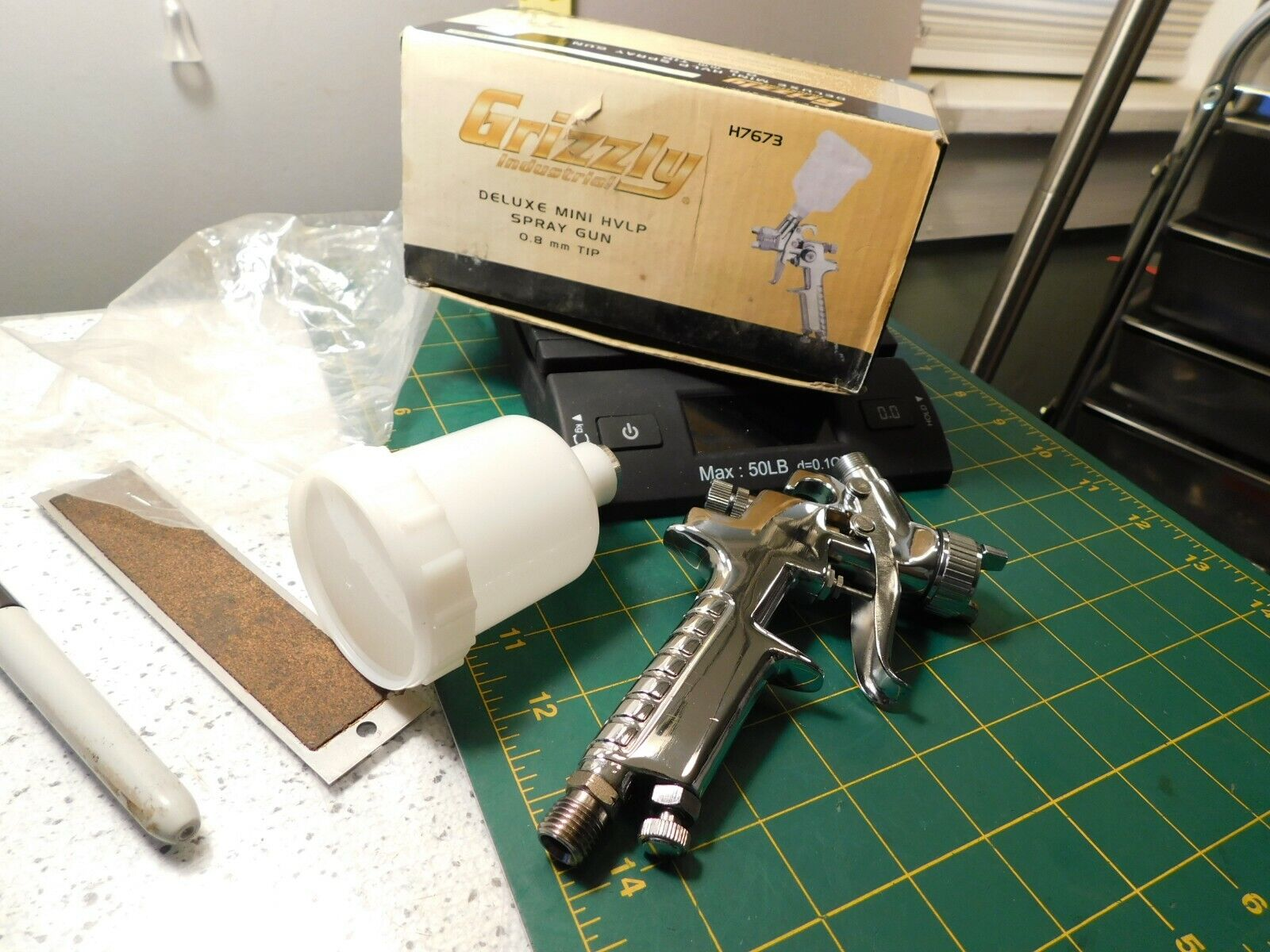GRIZZLY INDUSTRIAL H7673 Deluxe Mini HVLP Spray Gun 1.8mm Tip NOS - $24.95
