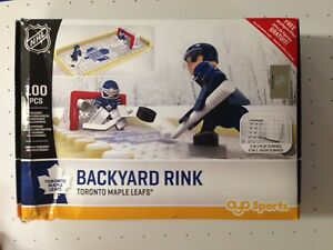 Oyo Toronto Maple Leafs Backyard Rink