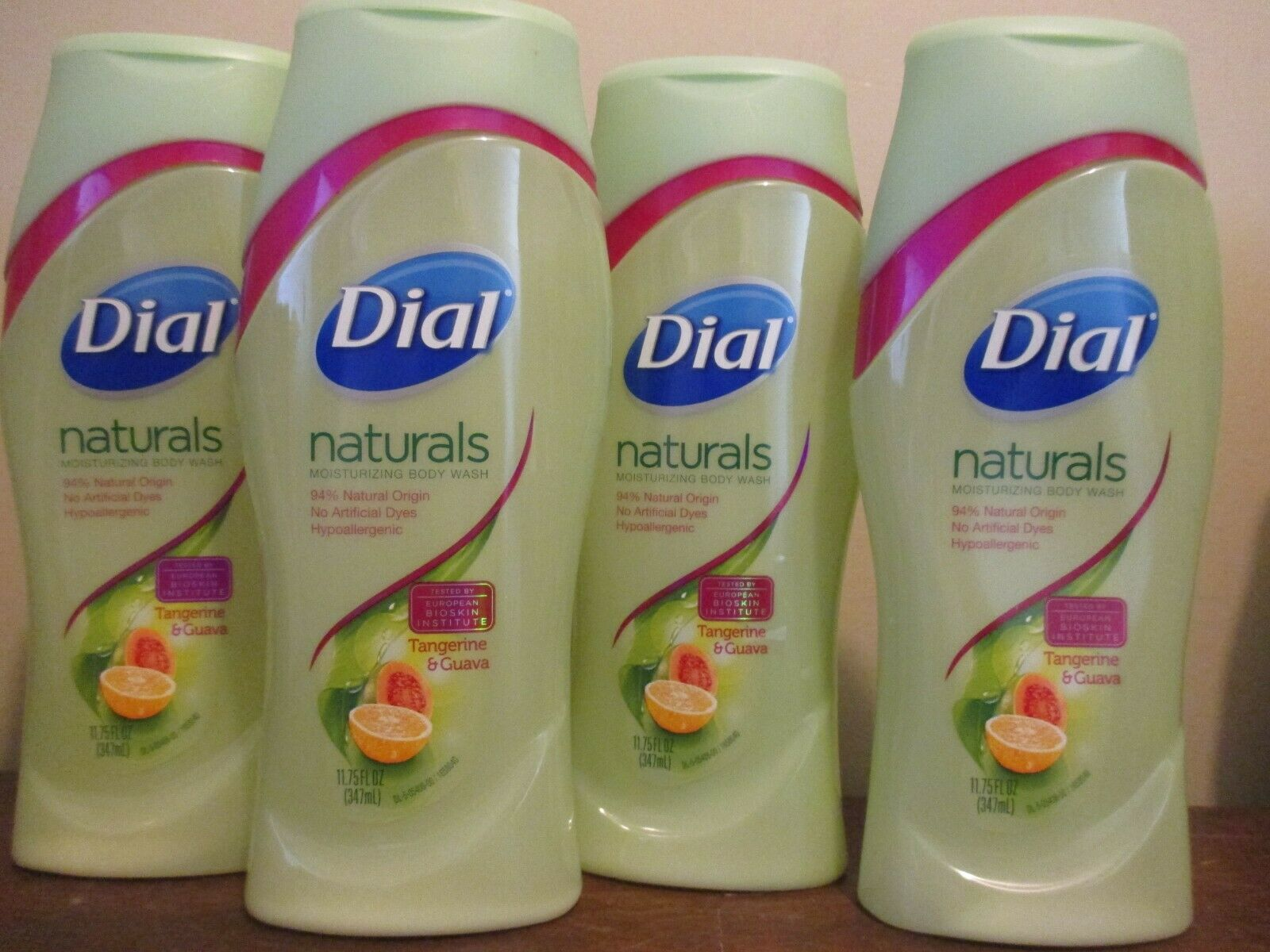 Lot of 4 DIAL NATURALS MOISTURIZING Body Wash TANGERINE GUAVA 11.75 oz