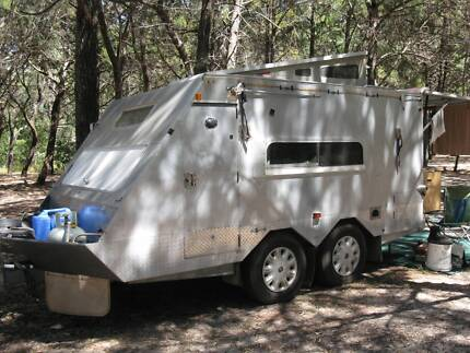 CAMPER Trailer/van 4.7m Aluminium Tin Can Bay Gympie Area Preview
