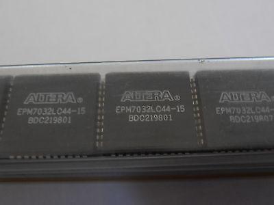 2pcs Epm7032lc44-15  Plcc-44 Cpld Altera Programmable Device