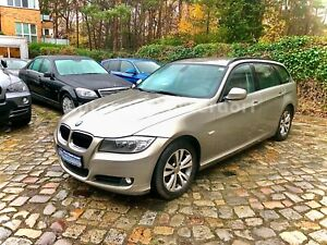 BMW 318d Touring Edition Lifestyle Facelift+Scheckhe