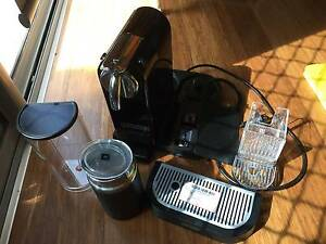 Delonghi Citiz & Milk Expresso Coffee Machine Excellent condition Strathmore Moonee Valley Preview
