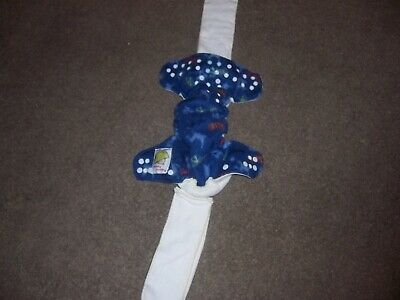 - pampered patooties cloth diaper blue size medium euc