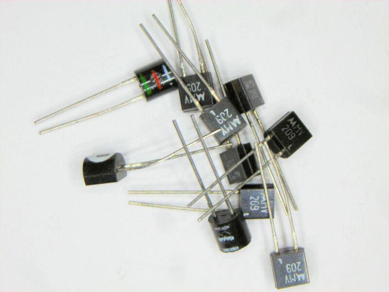 MV209  Motorola Varactor Diode 2 pcs