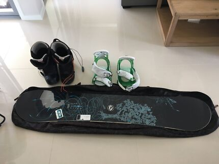 Snowboard ,boots and bindings