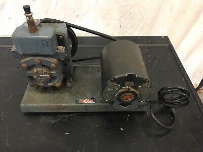 Welch Scientific Duo Seal Vacuum Pump Ge A-c Motor Hp 13 Rpm 1725 115v