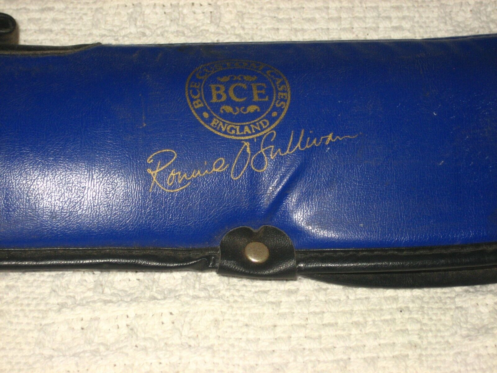 Pool or Snooker Cue In BCE Custom Case (by Ronnie O'Sullivan)