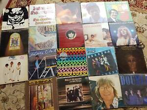 100's of CD's and albums – vinyl 33's and 45's