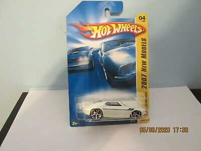 2007 HOT WHEELS NEW MODELS '69 FORD MUSTANG WHITE   004/180  (L)