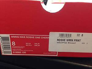 Brand New Nike ROSHE Womens Print Shoes never worn. Sumner Brisbane South West Preview