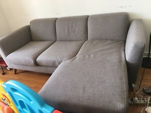 grey Taylor structube sofa in very good condition