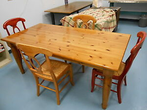 new 5 piece amish dining set knotty pine table amp 4 maple chairs rush