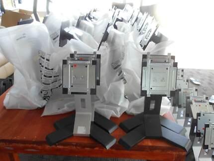 """Bulk of 10 Dell E178FPb  Dell 17"""" LCD Stand"""