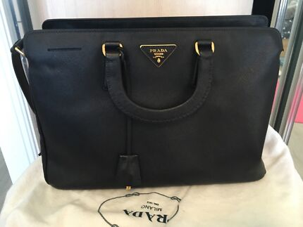 bafe2282935c new zealand prada vitello daino black leather logo hobo bag 7783b b6464   hot autheticprada saffiano lux tote in black large 35cm x 24cm 74879 a8fdc
