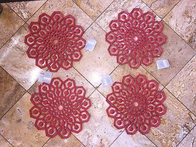 "NWT KIM SEYBERT Microfiber Placemats Mandala Indoor Outdoor 15"" Chargers Set 4"