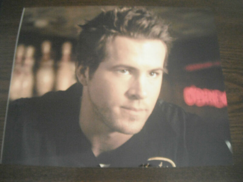 Ryan Reynolds Color 8x10 Photo Promo Picture Sexy Actor