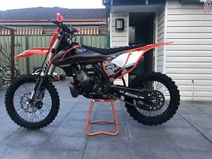 Ktm 250 sx 2017 model immaculate