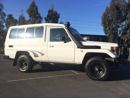 94 Toyota LandCruiser Factory RV. 6 seats complacence.REG RWC Clayton Monash Area Preview