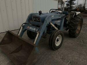 Ford 3600 loader tractor