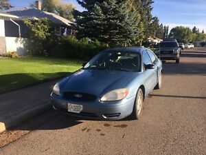2005 Ford Taurus SE-reliable car!