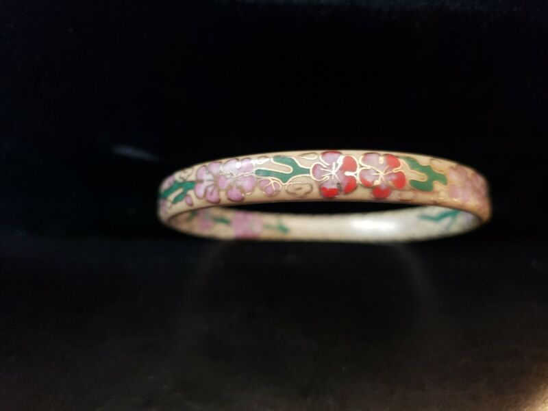 Beautiful Vintage Asian Cloisonne Bangle Bracelet 2 Sided Pink & Red Flowers