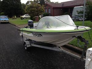 11.9ft Yalta Craft Runabout North Nowra Nowra-Bomaderry Preview
