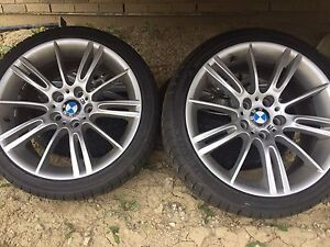 Original BMW M package rims size 19