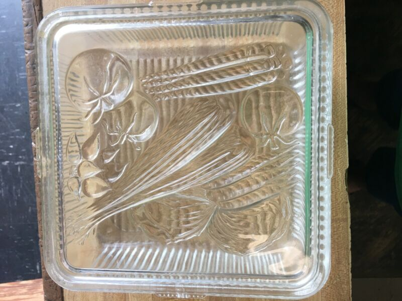 Vintage  Clear Glass Ribbed Refrigerator Dish 8 inch Square Vegetable w/ Lid