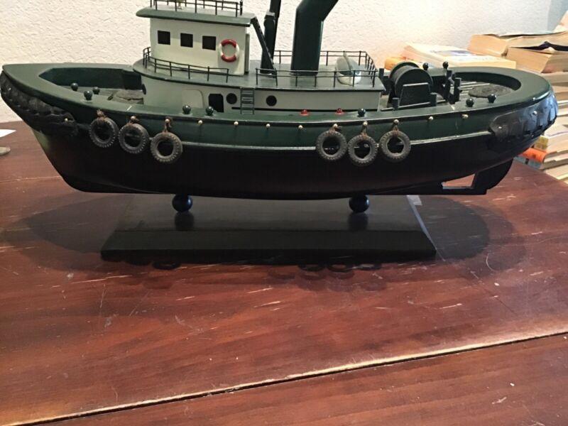 encane cuatiane tug boat 19in
