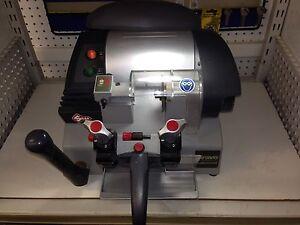 Silca Bravo Professional key cutter machine Tea Gardens Great Lakes Area Preview