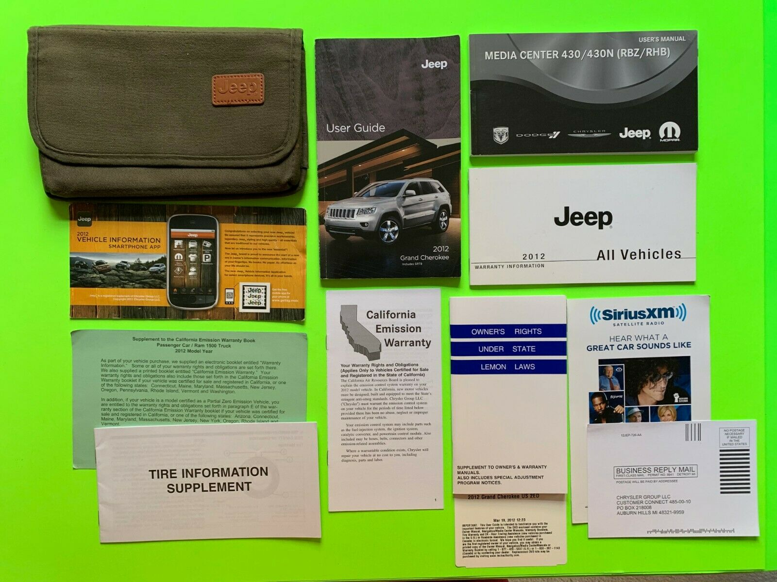 2012 Jeep GRAND CHEROKEE Factory Owner Manual User Guide Set & Case *OEM*