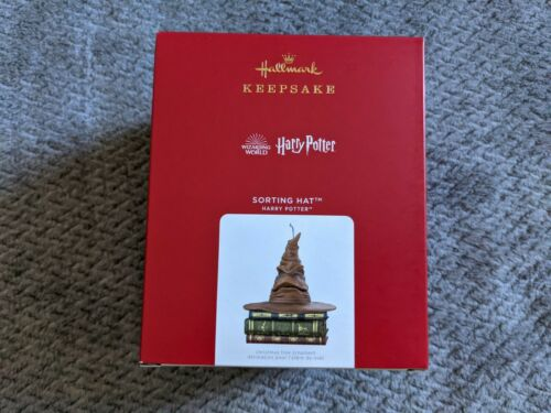 2021 HALLMARK Harry Potter Sorting Hat With Sound and Motion KEEPSAKE ORNAMENT