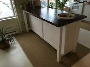 Custom kitchen island/ îlot cuisine