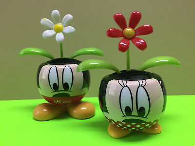 Disney Mickey Mouse & Minnie Mouse Dot Flower Pot w/Solar Powered Dancing Flower