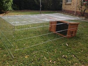Chicken/ rabbit coupe/ hutch Oakleigh Monash Area Preview