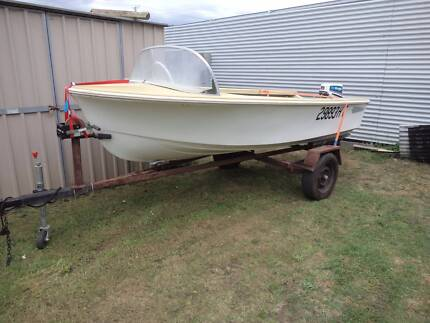 boat savage runabout