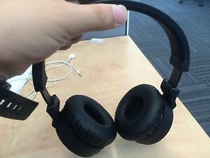 bluetooth on-ear headphone for sale