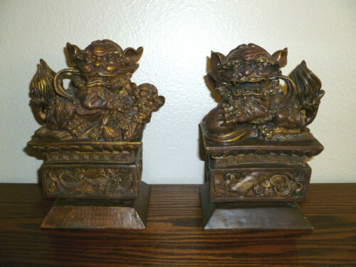 Bombay Chinese Resin Foo Dogs