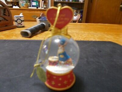Danbury Mint Chihuahua You Put A Song In My Heart Snow Globe Christmas Ornament