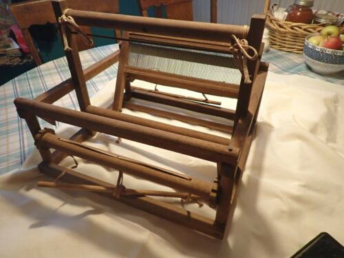 """Vintage Table Top Loom made of wood - 14"""" x 15.5 x 11"""" tall unbranded"""