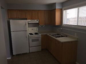 3 bedroom suite for rent in Peace River